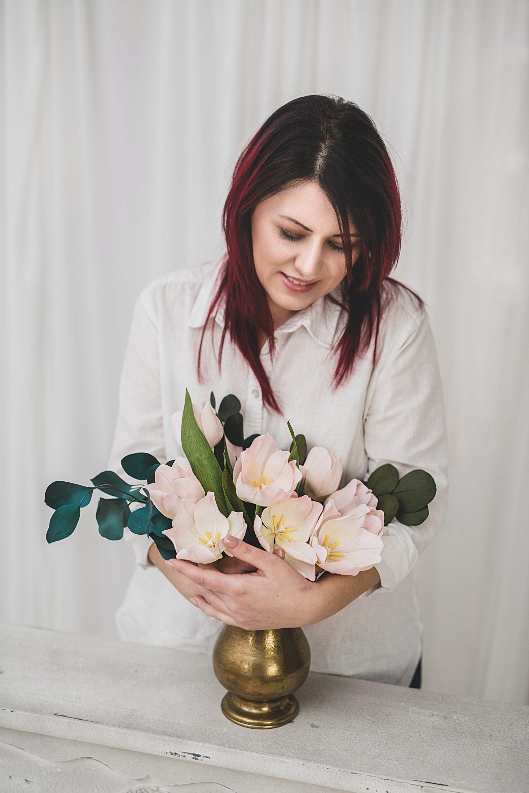 flori din hartie raluca dumitran